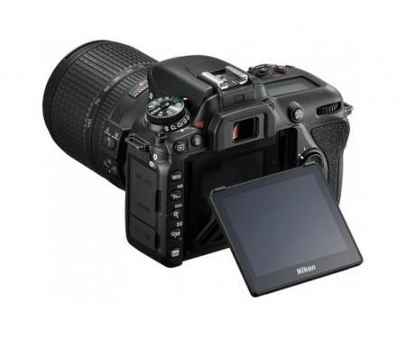 Nikon D7500 kit (18-140mm) VR