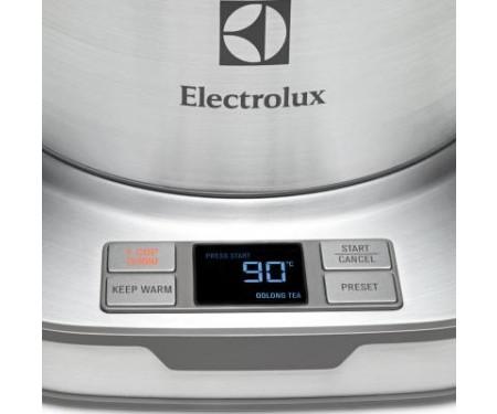 Электрочайник Electrolux EEWA 7800 (EEWA7800)