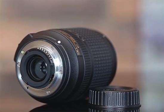 Nikon AF-S DX NIKKOR 18-140mm f/3,5-5,6G ED VR